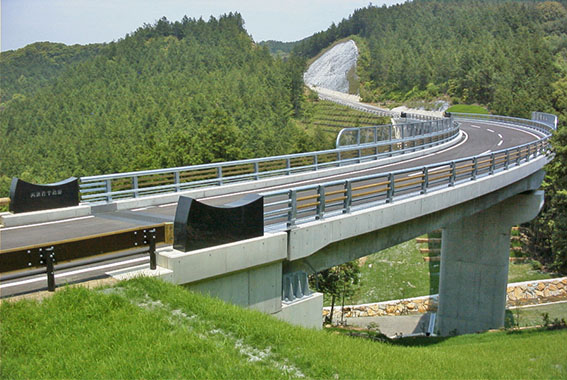 道路・橋梁の社会資本整備